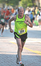 Lee finishing the Crim 10 miler in Flint 2010